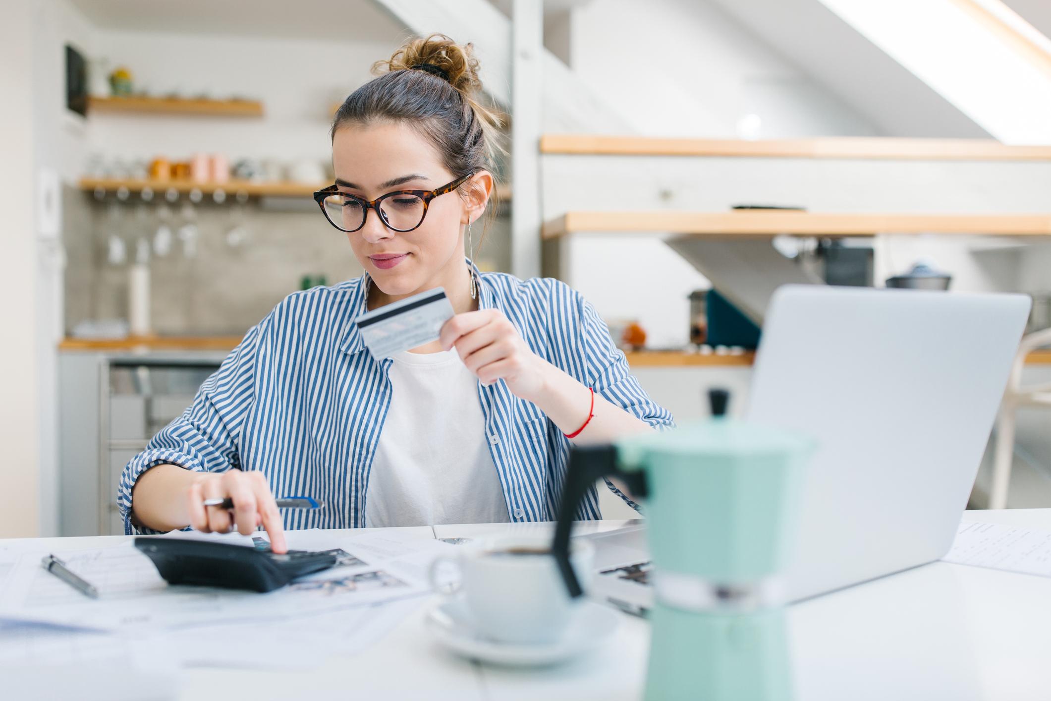 Fomento de la inclusión financiera digital de los jóvenes