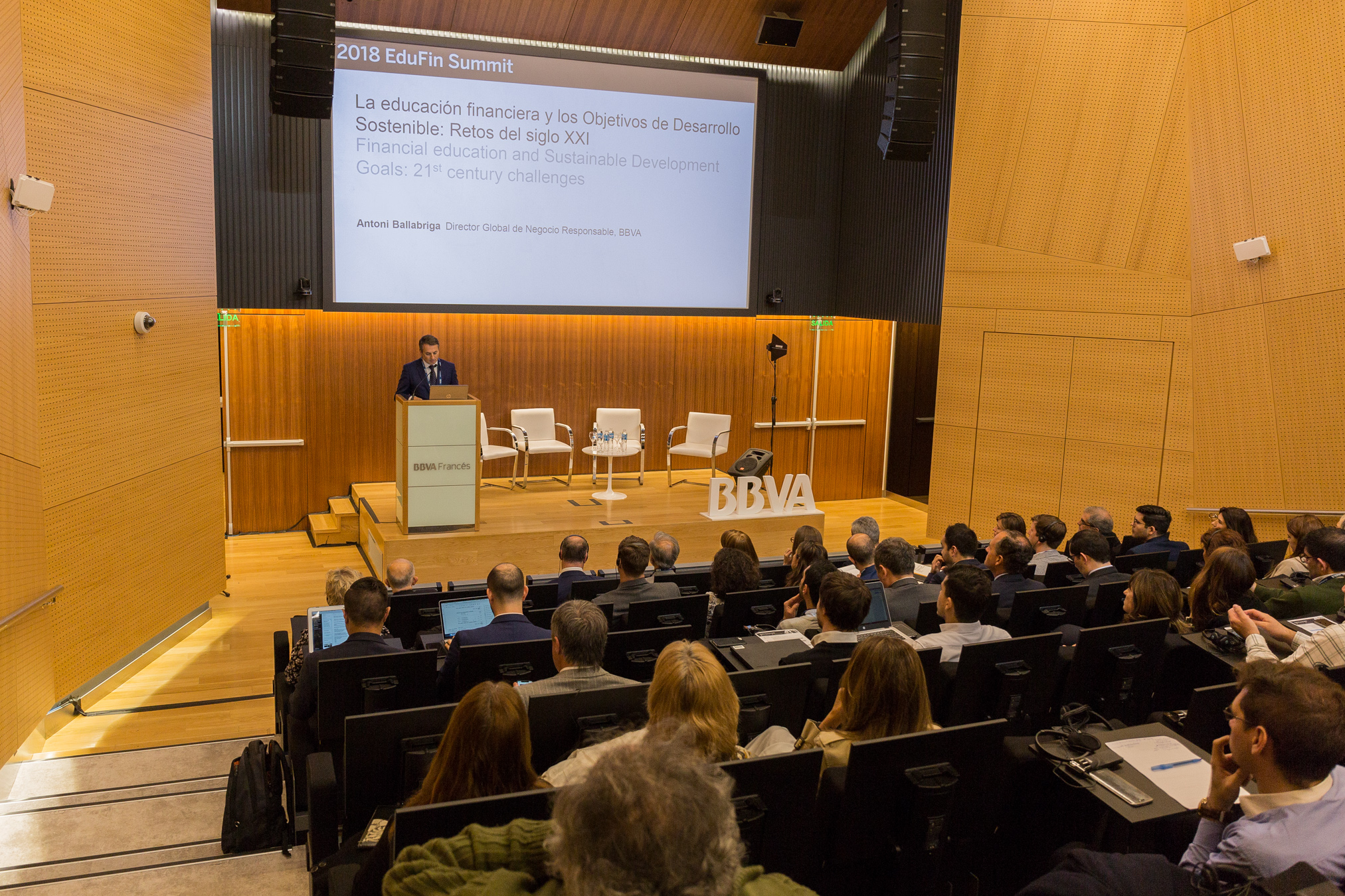 Financial education & Sustainable Development Goals (SDGs): 21st century challenges.