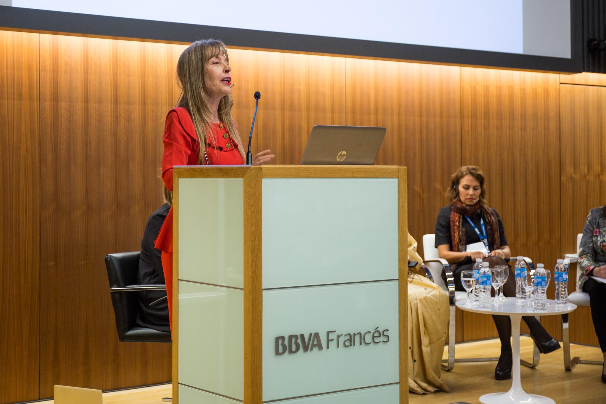 Beatriz Nofal, Miembro del Consejo Argentino para la Relaciones Institucionales (CARI)