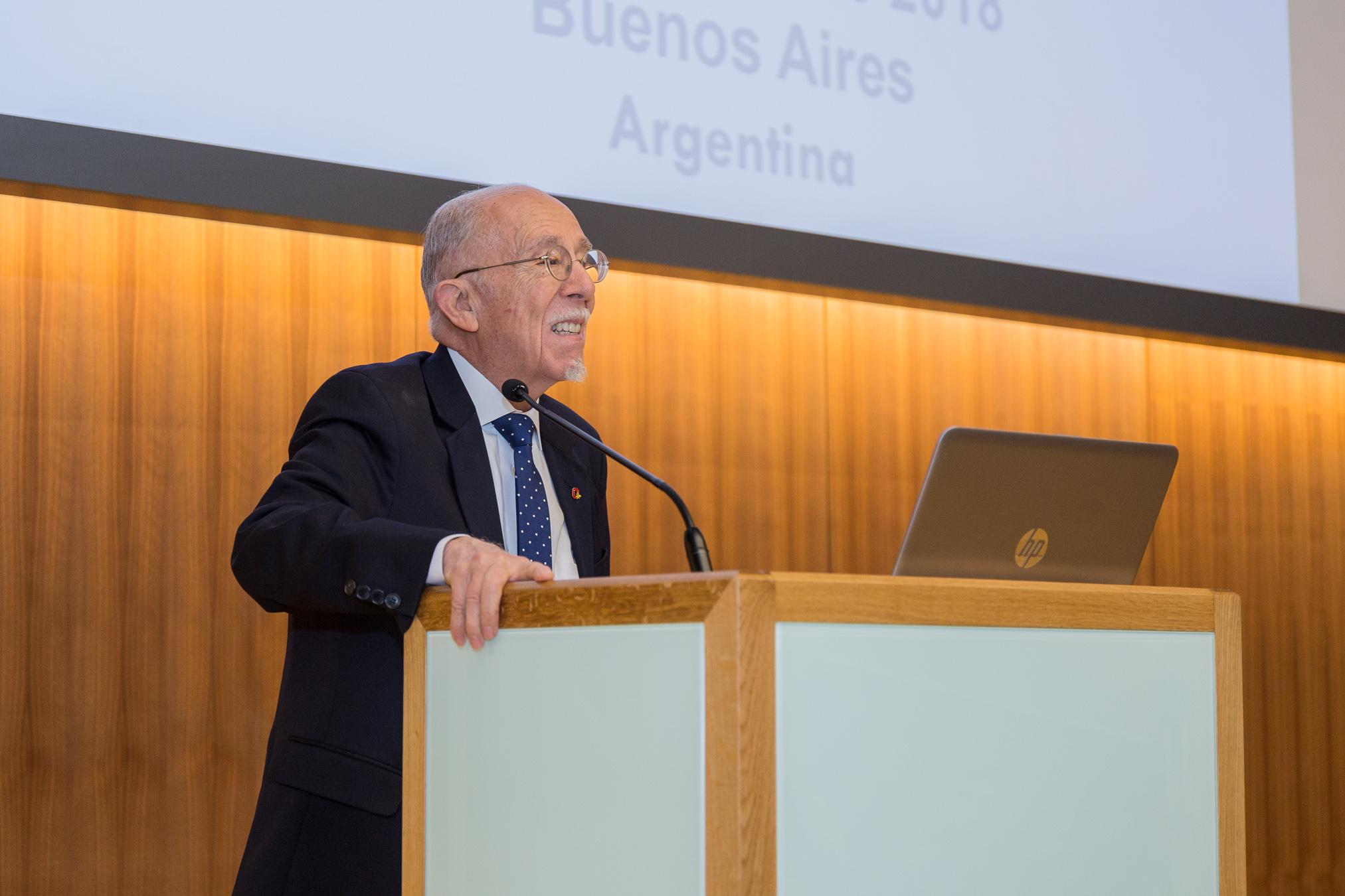 Claudio González-Vega, Presidente del Patronato de la Fundación Microfinanzas BBVA