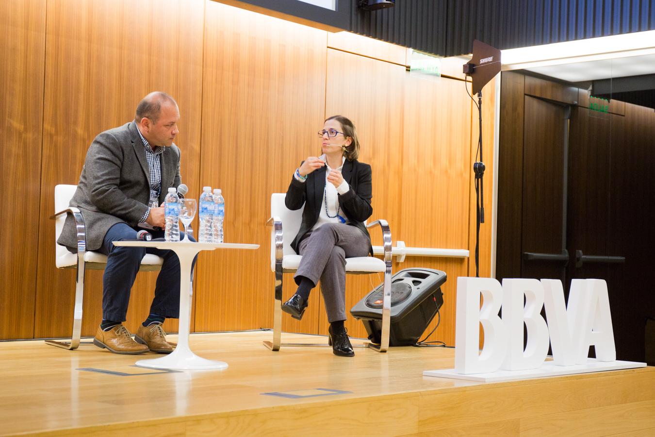 Catalina Estrada-Mejia, Profesor Asistente, Escuela de Negocios de la Universidad de los Andes